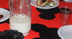 Minnie Mouse Themed Dinner Party