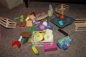 Tips for organizing your toddlers room